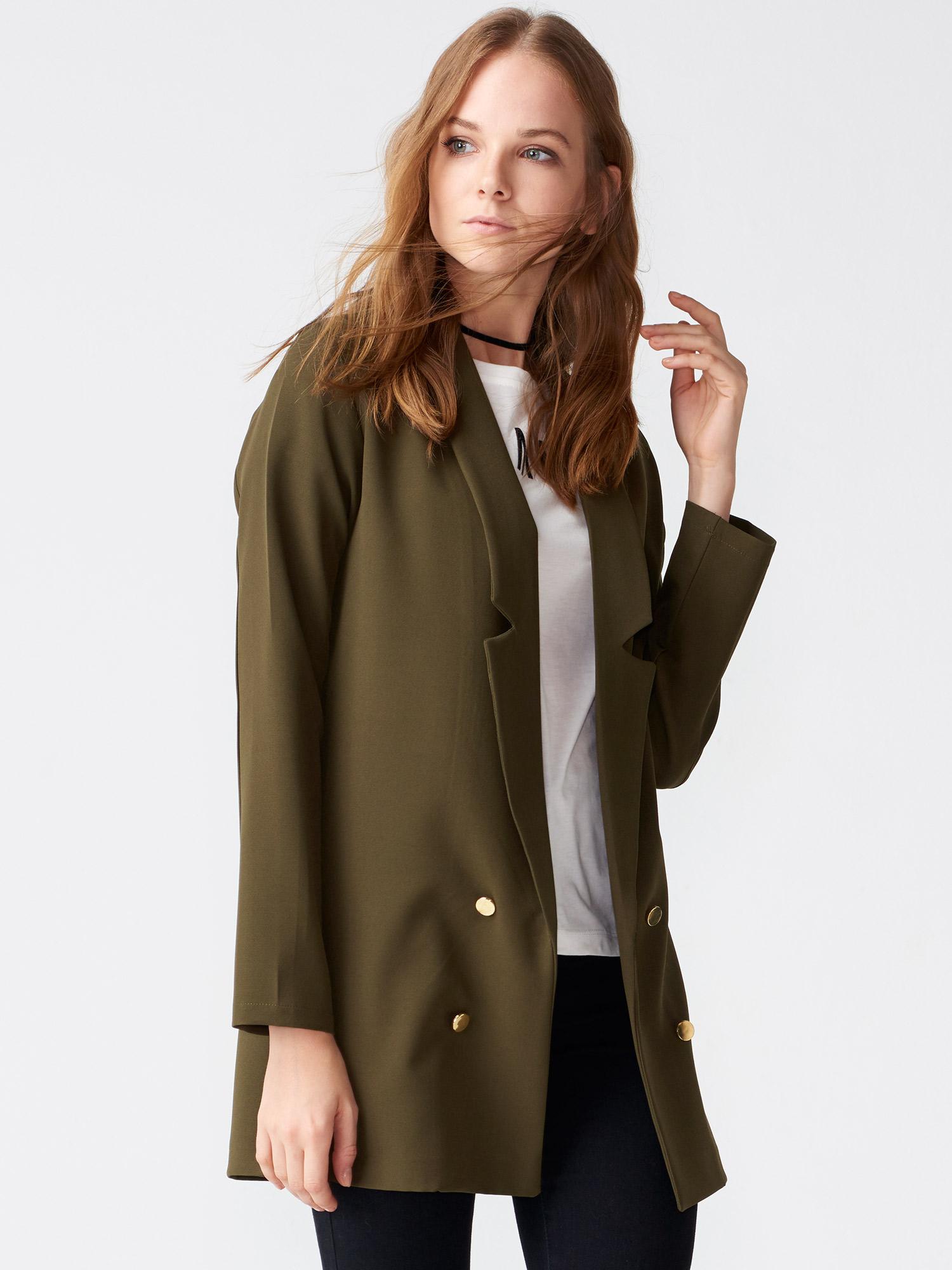 Ünlü markaların ceket modelleri FLO'da! Kadın ve erkek ceket modellerini FLO güvencesiyle ve kapıda ödeme fırsatıyla online satın alın.