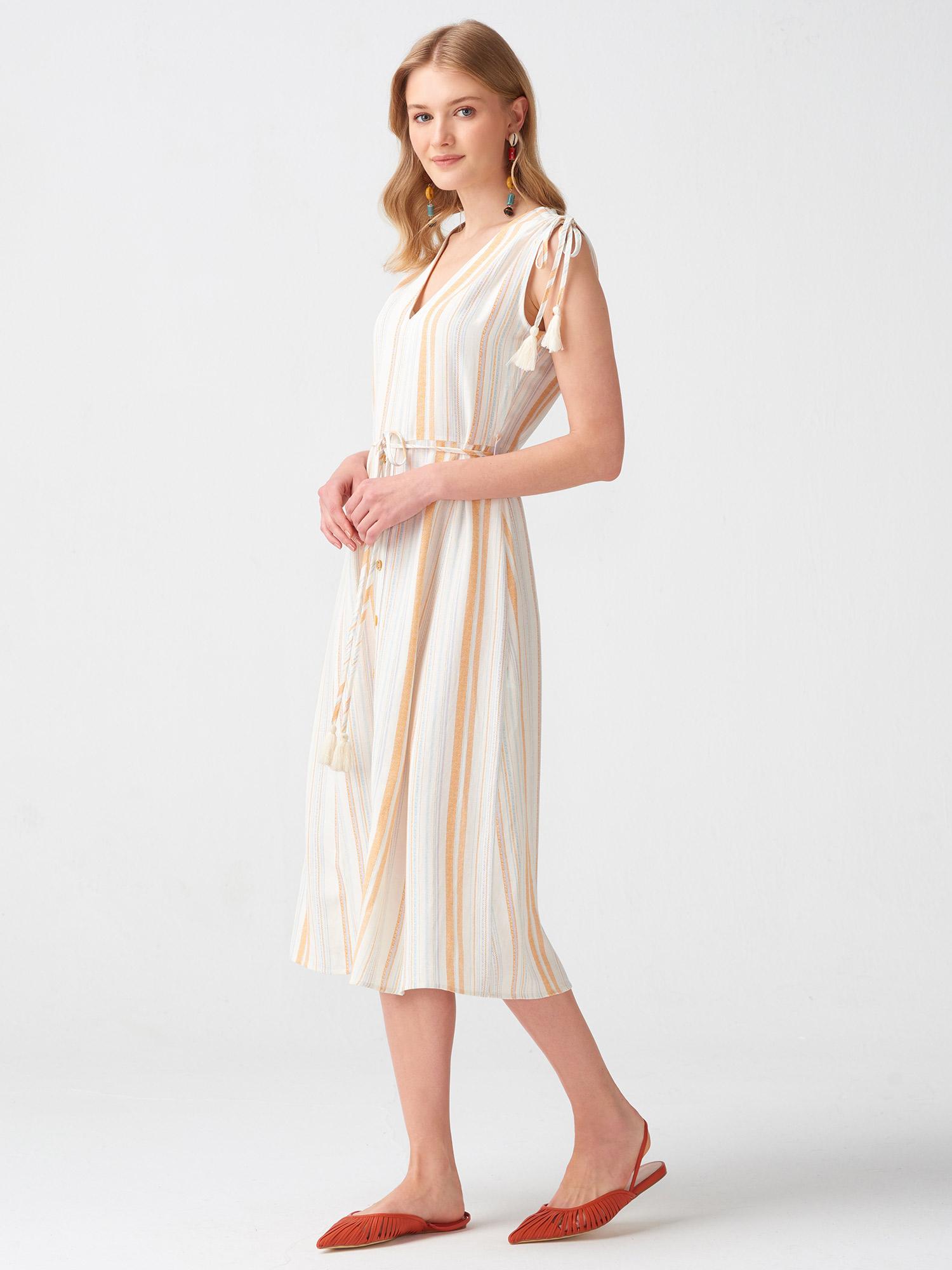 d1260aa93be74 9012 Omuz Bağcıklı Uzun Elbise-Hardal | ELBİSE | DILVIN