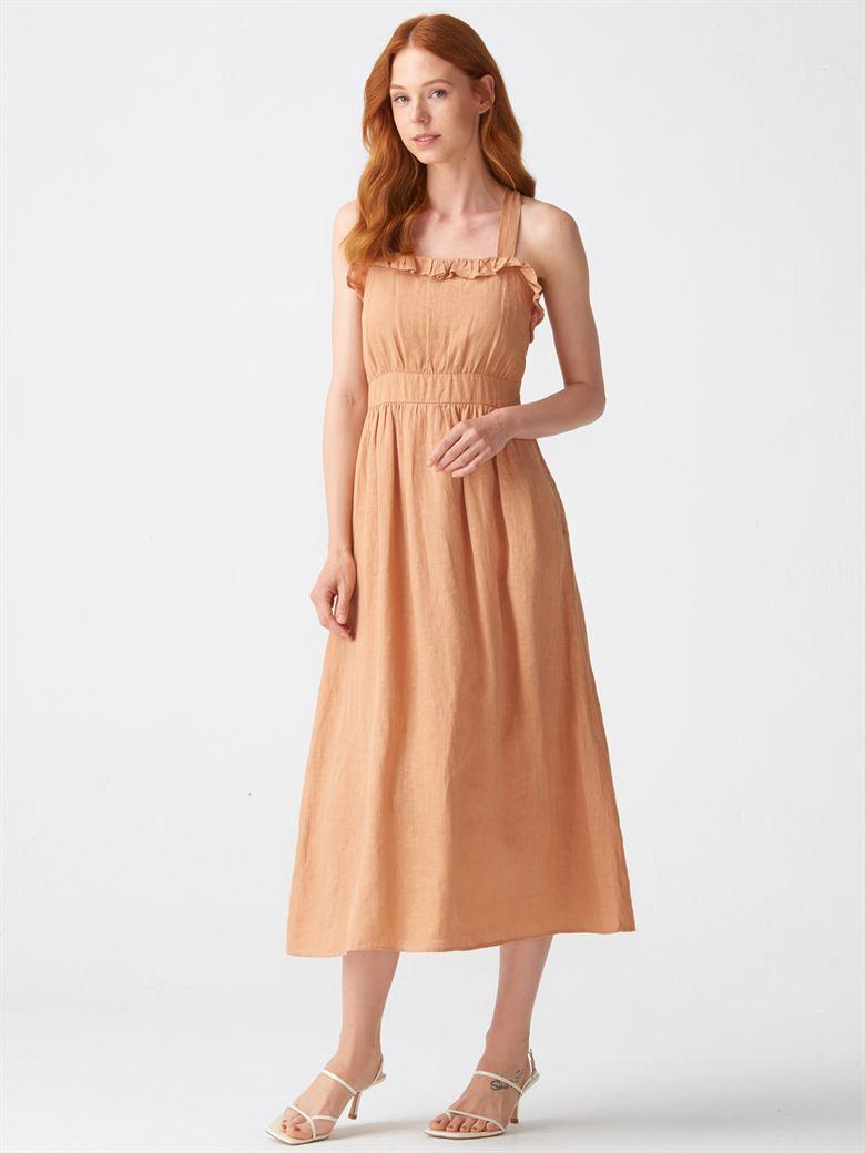 19453a1190e80 9022 Yaka Fırfırlı Askılı Elbise-Açık Camel